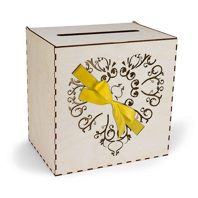 skrzynka na koperty serce przewiązane wstążką w kolorze złotym