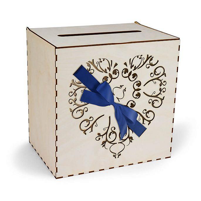 skrzynka na koperty serce przewiązane wstążką w kolorze niebieskim