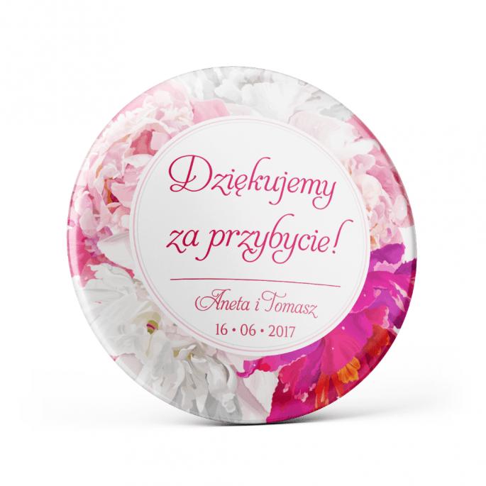 Metalowa przypinka oznaczenie podziękowanie dla gości z agrafką modny wzór kwiatowy różowe piwonie
