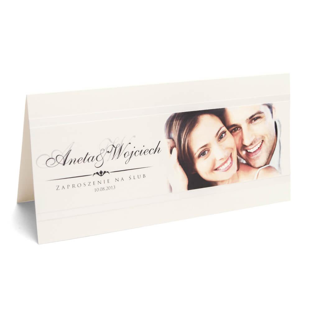 nietypowe zaproszenia ślubne ze zdjęciem pary młodej kolorowy papier