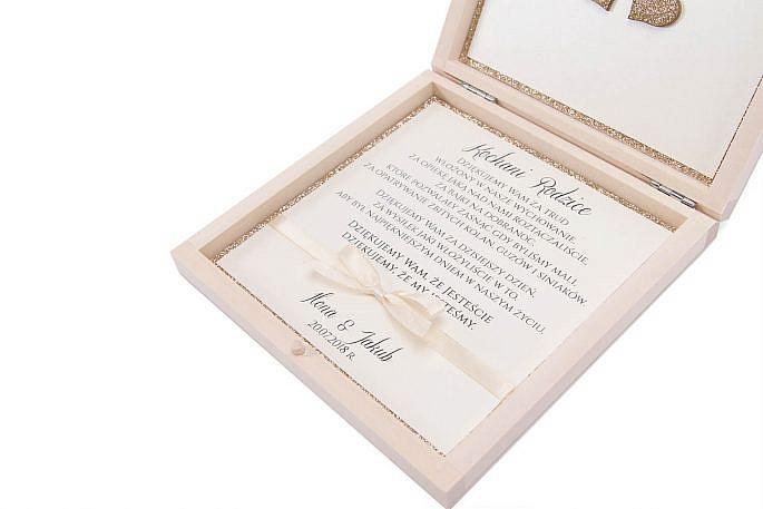 Drewniane zaproszenie dla rodziców pamiątka personalizacja