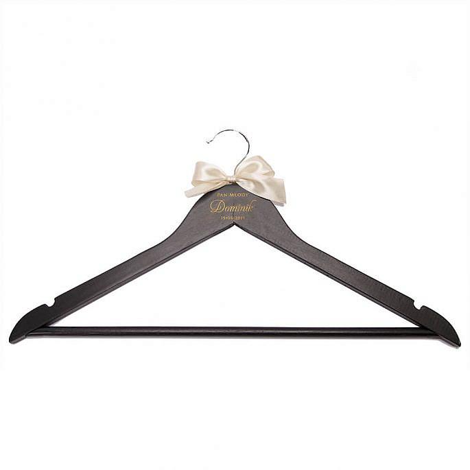Drewniany wieszak ślubny weselny na ubrania para młoda personalizacja