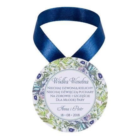 Zawieszka ozdoba na alkohol weselny na stół kwiaty anemony sukulenty