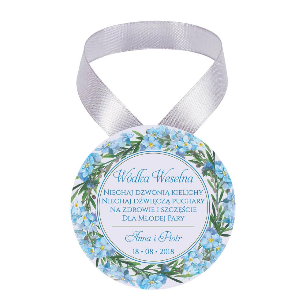 Zawieszka ozdoba na alkohol weselny na stół kwiaty niezapominajki