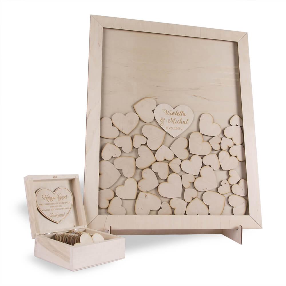Księga gości na wpisy drewniana rama z sercami
