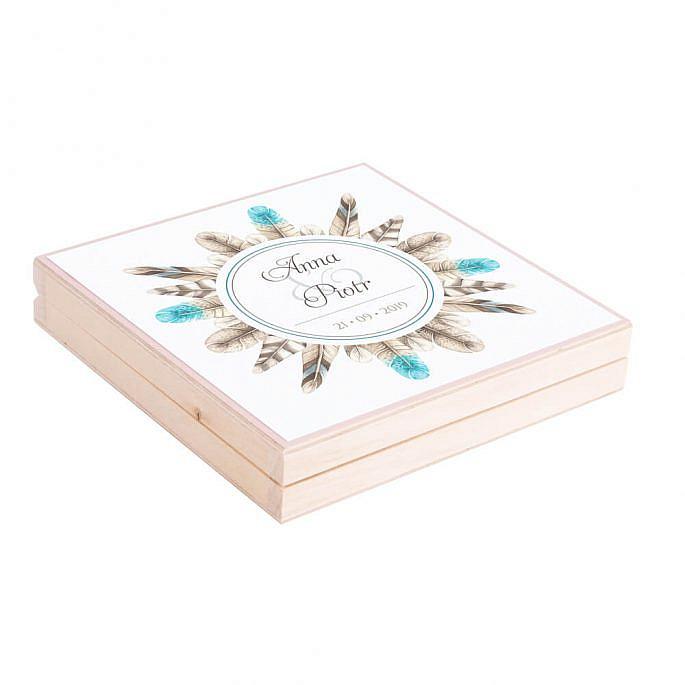 Eleganckie drewniane pudełko podziękowanie zaproszenie dla rodziców motyw kwiatowy pióra