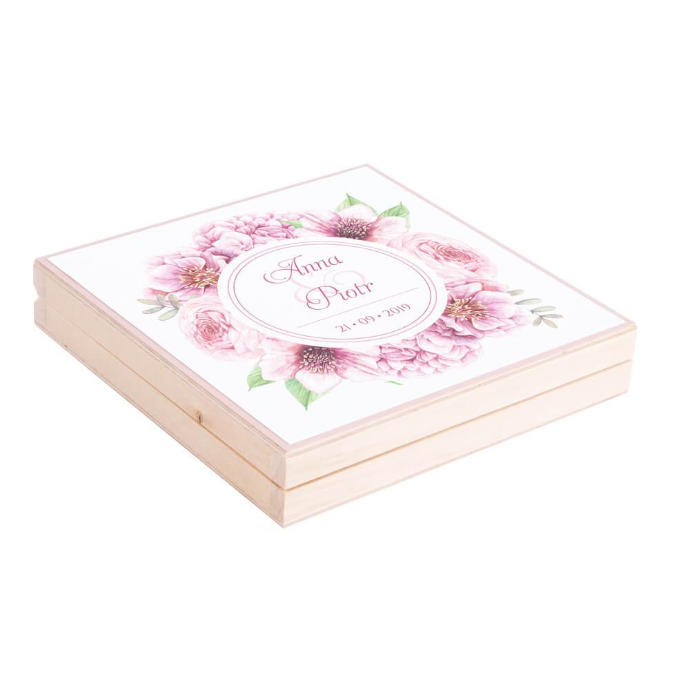 Eleganckie drewniane pudełko podziękowanie zaproszenie dla rodziców motyw kwiatowy różowy