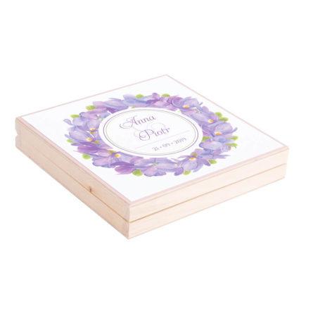 Eleganckie drewniane pudełko podziękowanie zaproszenie dla rodziców motyw kwiatowy fiołki