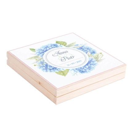 Eleganckie drewniane pudełko podziękowanie zaproszenie dla rodziców motyw kwiatowy niebieskie hortensje