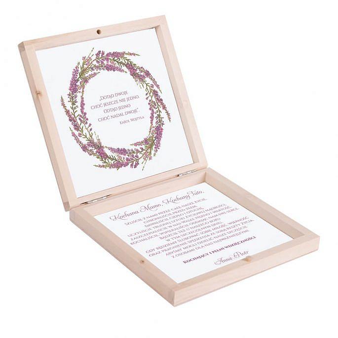 Eleganckie drewniane pudełko podziękowanie zaproszenie dla rodziców motyw kwiatowy wrzos fioletowy