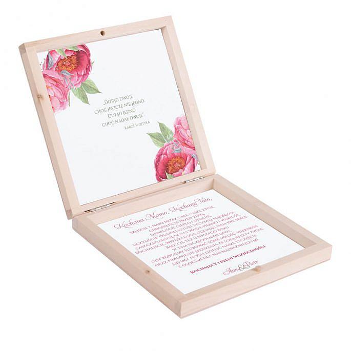 Eleganckie drewniane pudełko podziękowanie zaproszenie dla rodziców motyw kwiatowy czerwone piwonie