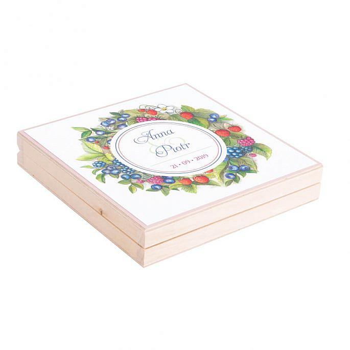Eleganckie drewniane pudełko podziękowanie zaproszenie dla rodziców owoce leśne