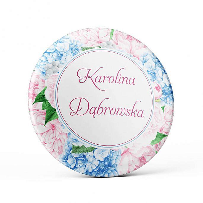 Metalowa okrągła przypinka dla gości agrafka niebieska hortensja różowa piwonia