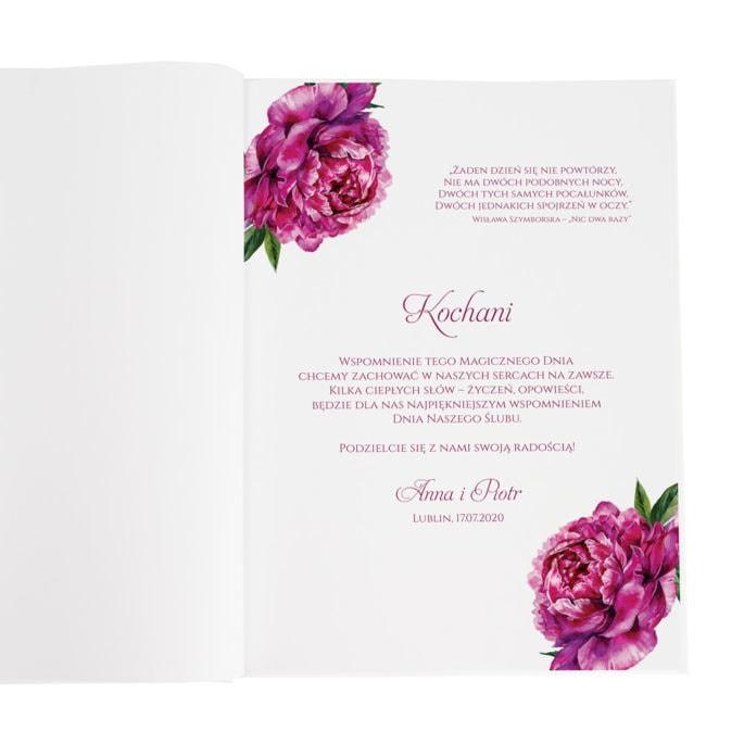 księga gości z intensywnie fuksjowymi kwiatami piwonii pierwsza strona