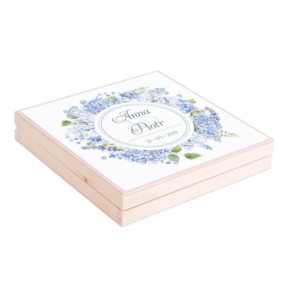 Podziękowanie w drewnianym pudełku z kwiatami Hortensji w4