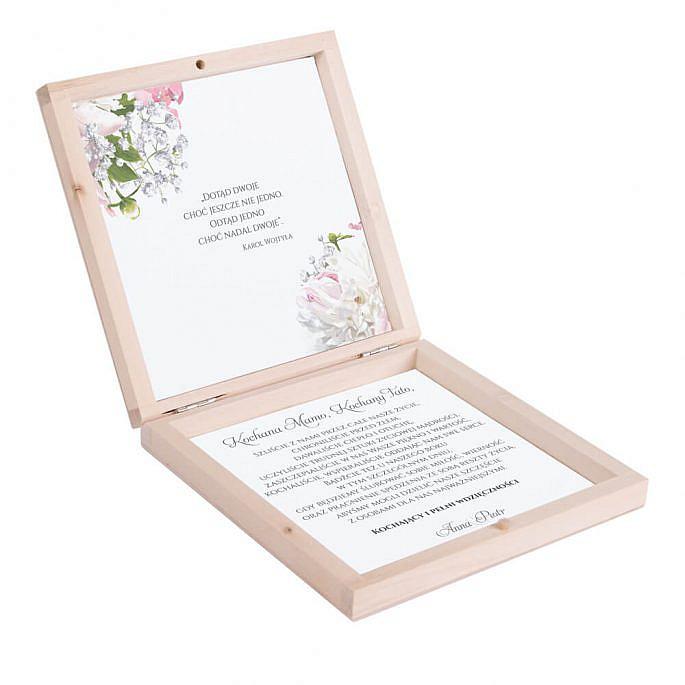Podziękowanie w drewnianym pudełku z kwiatami Piwonii w13