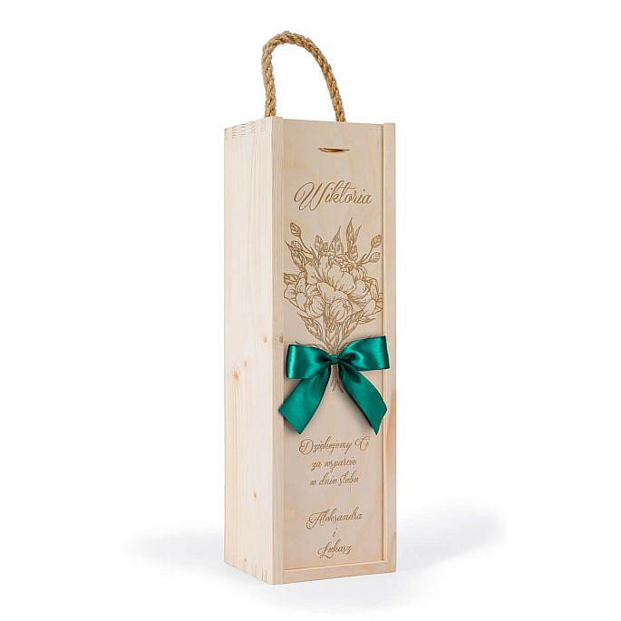 drewniane opakowanie na wino dla świadka weselnego