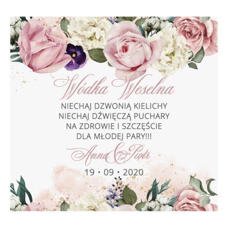 Naklejka na wódkę weselną z białymi i różowymi kwiatami