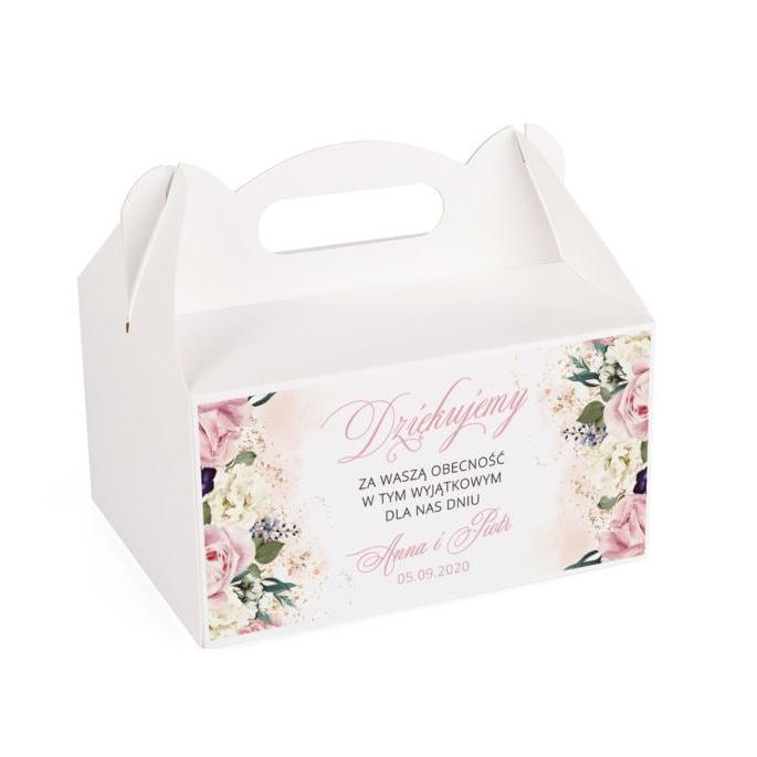 Pudełko na słodkości weselne z różowymi kwiatami