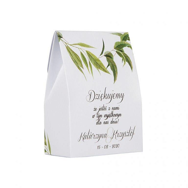 Pudełko na słodkości dla gości weselnych z liśćmi eukaliptusa
