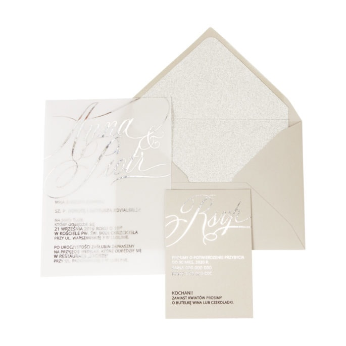 zaproszenia ślubne ze srebrzeniem i brokatową kopertą