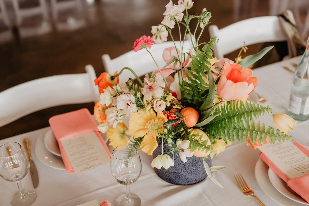 nakrycie weselnego stołu